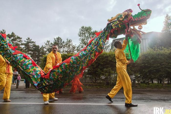В Шелехове прошёл карнавал в честь Дня города