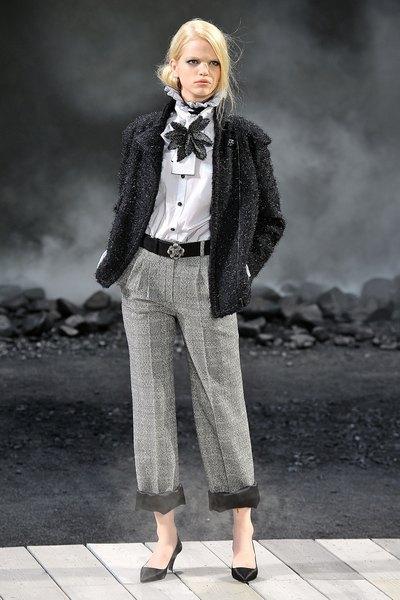 Осень-зима 2012: коллекция Chanel на Парижской неделе моды