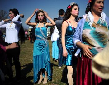 В Болгарии отмечают народный праздник начала весны Баба Марта