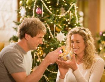 Что подарить на Новый год 2012  родным, любимым, друзьям?