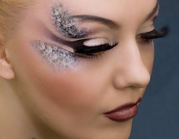 4 варианта роскошного новогоднего макияжа 2012