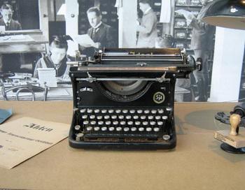 Кинематографисты заново открыли мир пишущих машинок