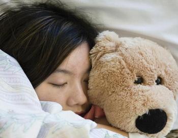 Страх перед темнотой приводит к беспокойному сну