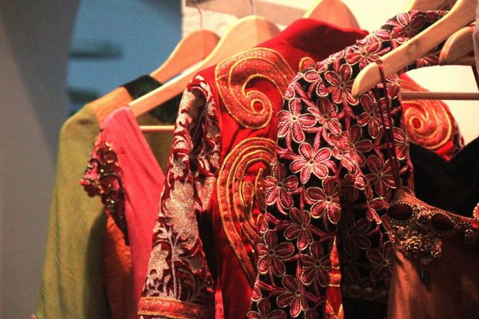 191 photo india 2 - Красочная одежда женщин Индии