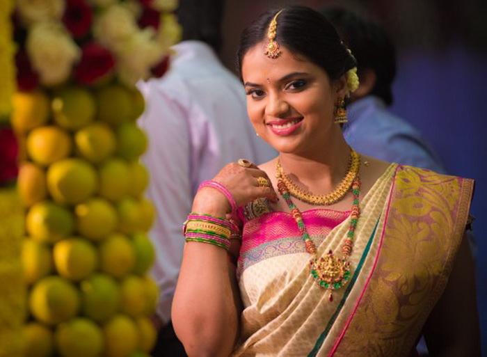 191 photo india 3 - Красочная одежда женщин Индии