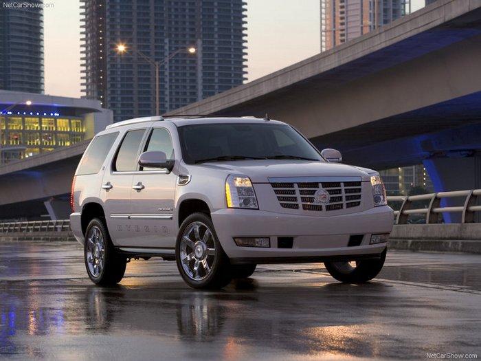 Дворец на колёсах — Cadillac Escalade III