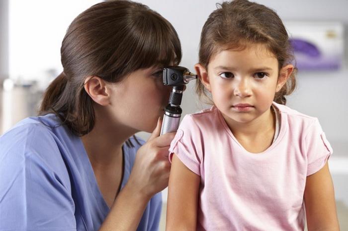 Пять советов для профилактики потери слуха у детей