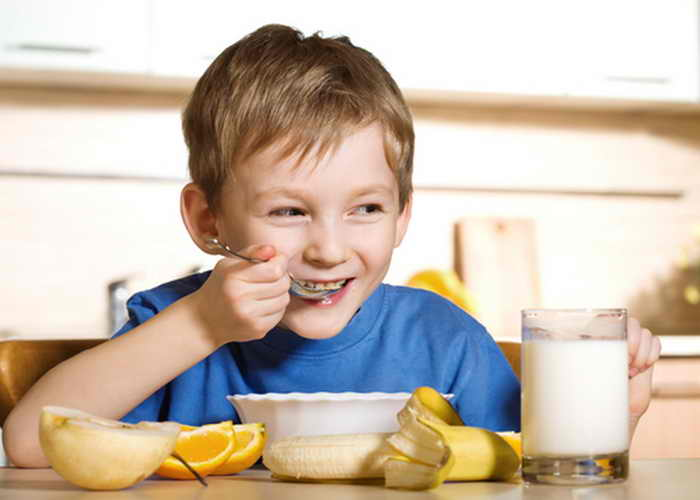 Как приучить детей к полезной еде