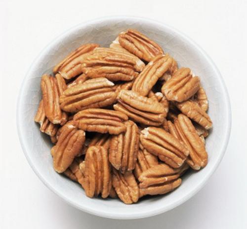 Глазированное печенье с орехами пекан