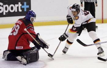 Генеральный секретарь хоккейного союза Германии: «Наша цель в 2010 - попасть снова в топ дивизион»