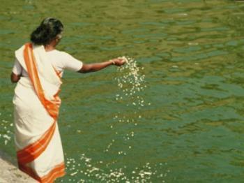 Индия: река Ганг в Варанаси