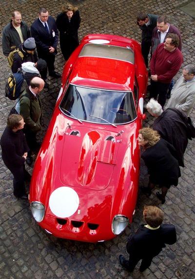 161 0402210 Ta3 - Ferrari 250 GTO 1963 года выставлена на аукцион. Фоторепортаж