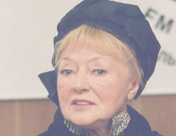 Людмила Касаткина празднует свое  85-летие