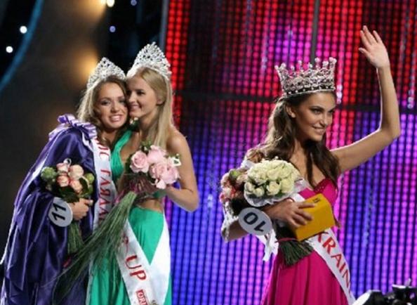 «Мисс Украина-2010». Победительница конкурса, одесситка Екатерина Захарченко, объявлена первой красавицей Украины