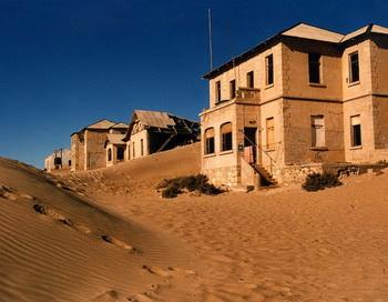 Пустыня в гостиной: Алмазный город-призрак в Намибии