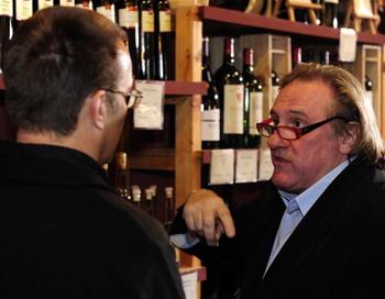 Как выбрать вино по форме бутылки?