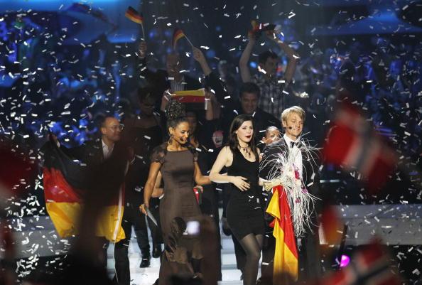 На «Евровидении-2010» победила Лена Майер-Ландрут из Германии. Фоторепортаж