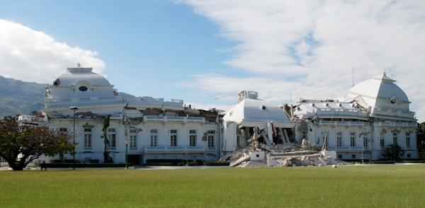 161 150110 G11 - Землетрясение на Гаити — одно из самых страшных в мировой истории. Фоторепортаж