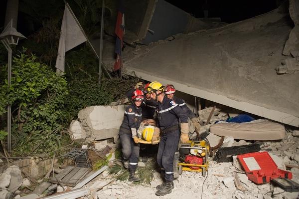 161 150110 G13 - Землетрясение на Гаити — одно из самых страшных в мировой истории. Фоторепортаж