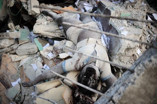 161 150110 G7 - Землетрясение на Гаити — одно из самых страшных в мировой истории. Фоторепортаж