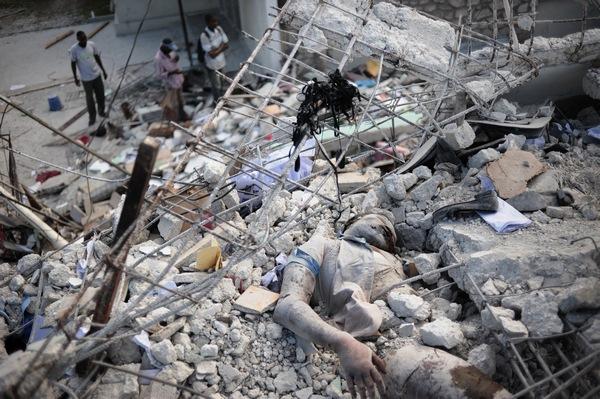 161 150110 G8 - Землетрясение на Гаити — одно из самых страшных в мировой истории. Фоторепортаж