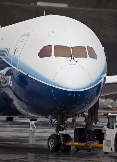 Полет нового реактивного самолета, Боинга-787, состоялся во вторник. Фоторепортаж