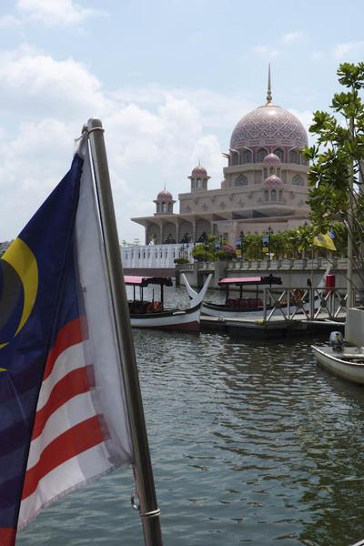 163 Thumb generated thumbnailjpg2 - Малайзия и Малакка на подъёме