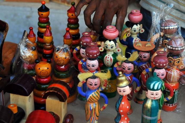 Традиционная ярмарка индийских игрушек