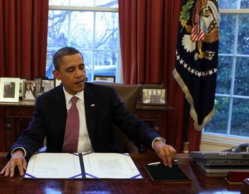 Обама поздравил своего соперника Ромни