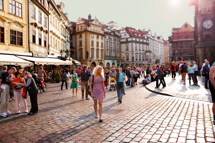 После выпускного бала. Учёба в Праге