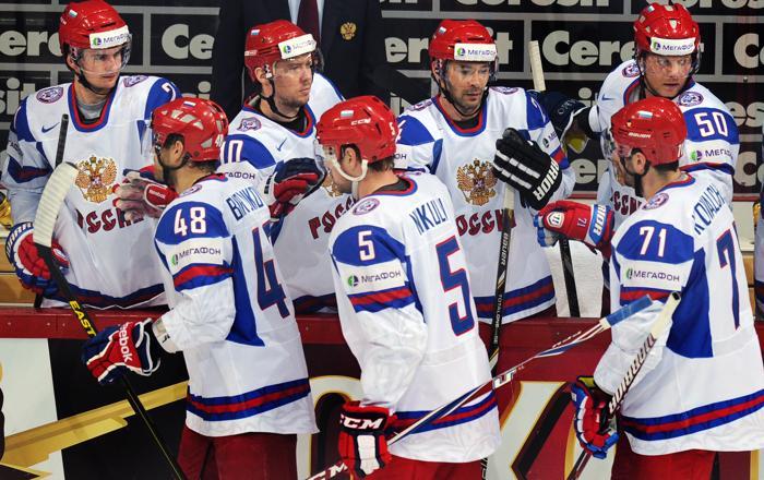 Российская сборная по хоккею победой завершила групповой этап ЧМ
