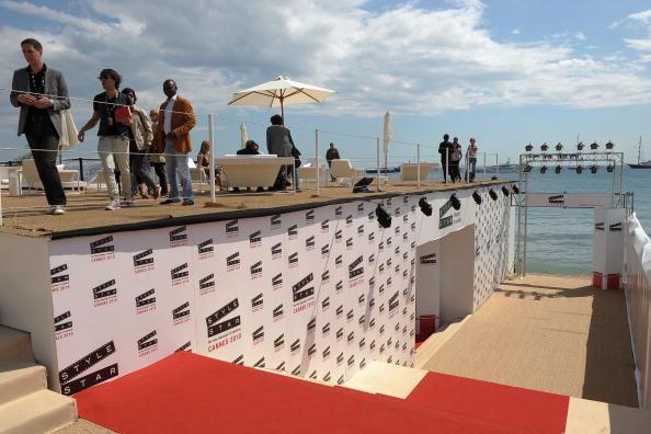 Фестивальный дворец - место проведения Каннского кинофестиваля. Фотообзор
