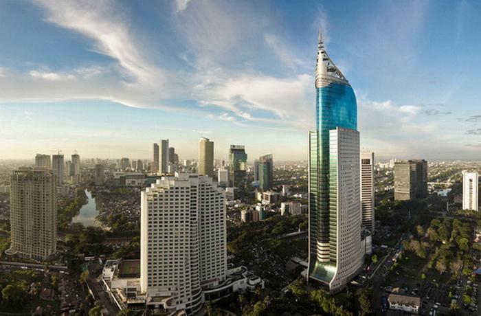 209 shutterstock jakarta - 10 наиболее перспективных городов для посещения в 2014 году