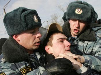 """111 06062010 3 - Медведев призвал граждан страны участвовать в обсуждении закона """"О милиции"""""""