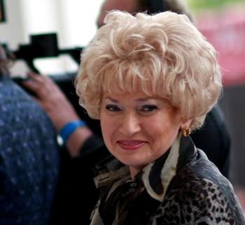 Депутат Людмила Нарусова вносит поправки в закон о СМИ.