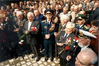 В очереди за медалями ветераны стояли несколько часов