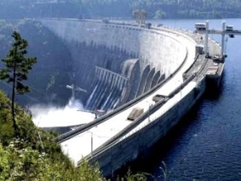 Саяно-Шушенскую ГЭС очистили от льда