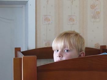 Приемный ребенок был отправлен американской мамой в Россию