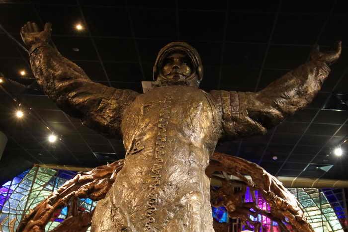 Леонов: Гагарин погиб из-за неосторожного маневра другого самолёта
