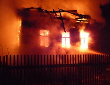 Пожар в Хабаровском посёлке оставил без жилья девятнадцать человек