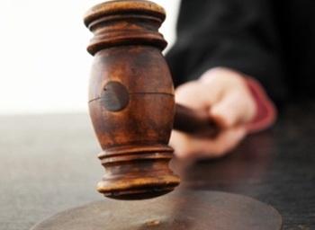 На Ройзмана поступил новый иск о незаконности его статуса