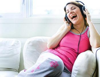 Что кроется за застрявшими в нашей голове  песнями?
