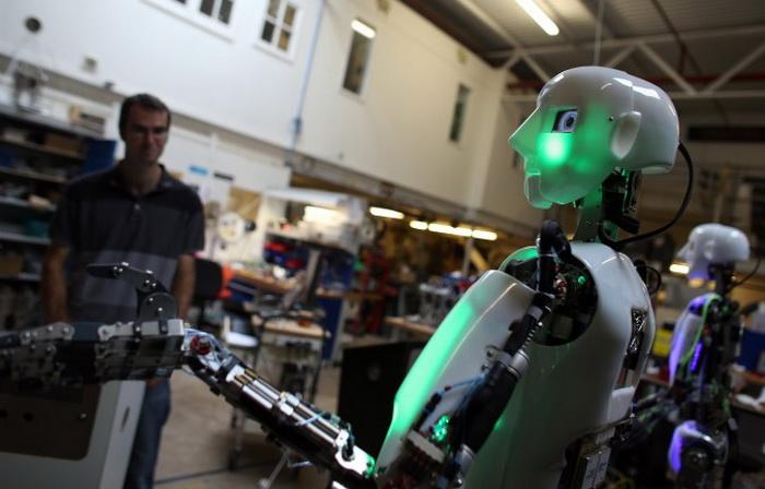 191 LEAD Robo 10 - Создан человекоподобный робот RoboTespian