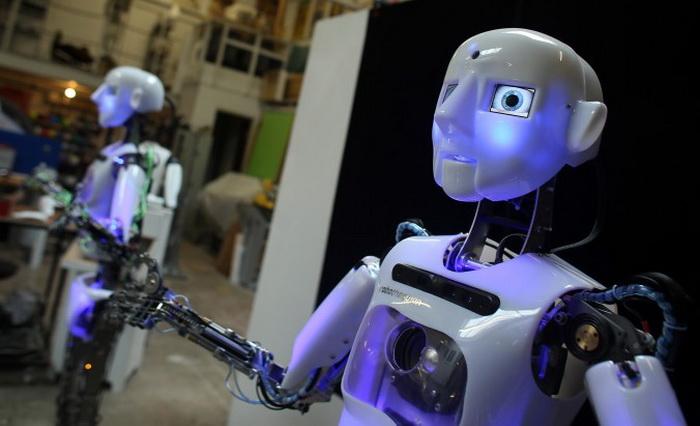 191 LEAD Robo 6 - Создан человекоподобный робот RoboTespian