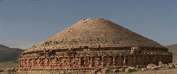 191 piramida ne egyprt 6 - 7 пирамид, расположенных не в Египте