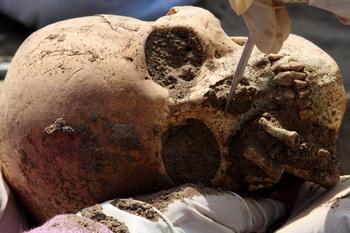 Сибирские археологи нашли загадочное захоронение