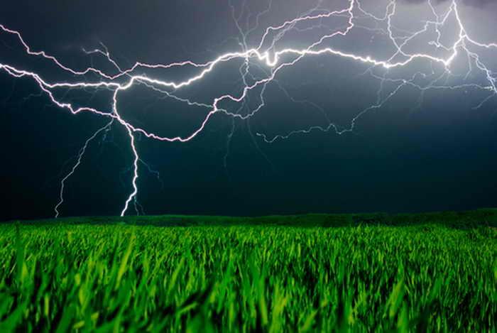 197 lightning shutterstock - Удивительная природа: молния создаёт полезные вещества из воздуха