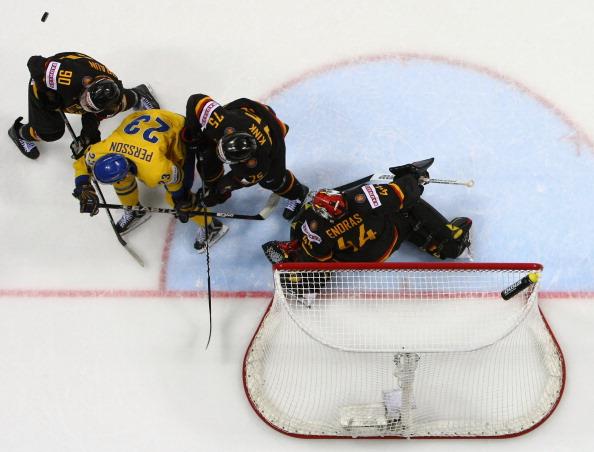 161 12051Sv G 31 - Сборная Швеции выиграла у  Германии со счетом  5:2. Фоторепортаж с матча