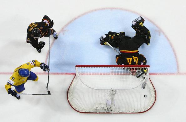 161 12051Sv G 32 - Сборная Швеции выиграла у  Германии со счетом  5:2. Фоторепортаж с матча