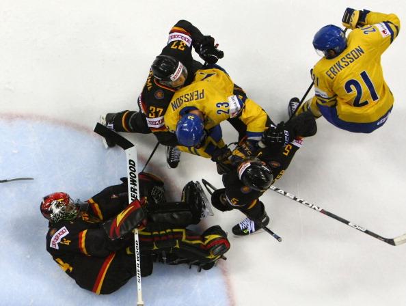 161 12051Sv G 33 - Сборная Швеции выиграла у  Германии со счетом  5:2. Фоторепортаж с матча